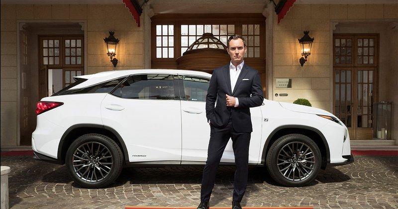 Jude Law y Lexus RX
