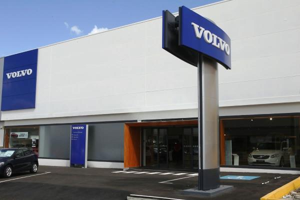 fachada concesionario Volvo
