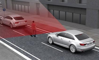 Este sistema detecta si hay objetos en la trayectoria del vehículo