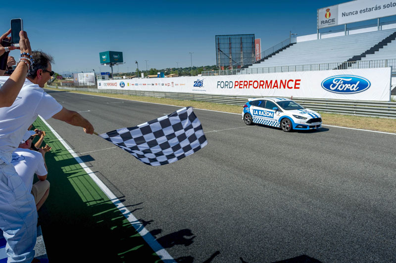 24 horas Ford 2015 Apascovi gana