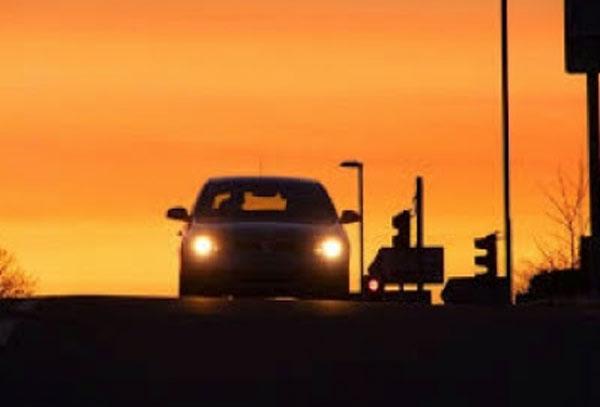 El momento más difícil para conducir es el crepúsculo