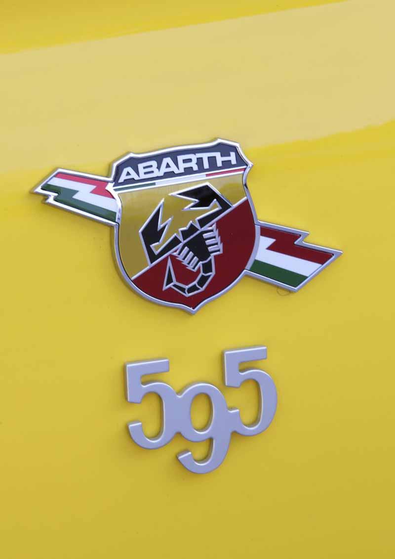 Foto Detalles Abarth 595 Dos Volumenes 2016