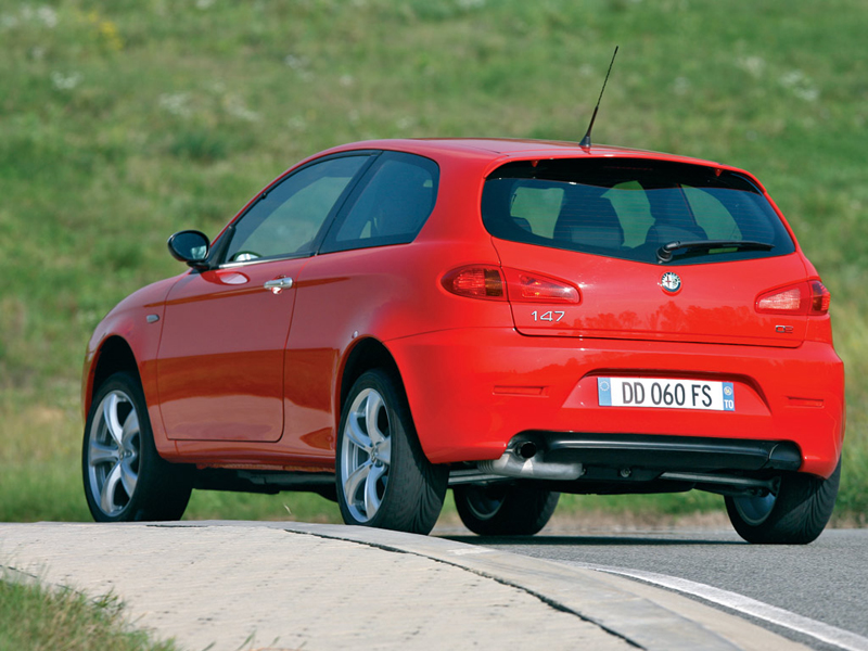 Foto Trasero Alfa Romeo 147 Dos Volumenes 2007