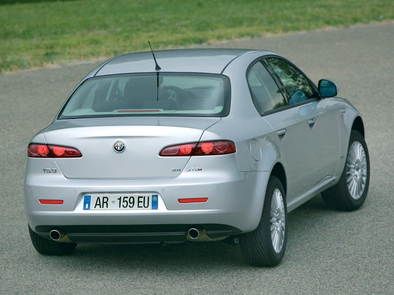 Foto Trasero Alfa Romeo 159 Sedan 2008