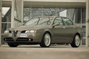 Foto Exteriores Alfa romeo 166 Sedan