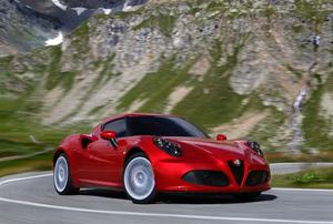 Foto Exteriores (10) Alfa Romeo 4c Cupe 2013