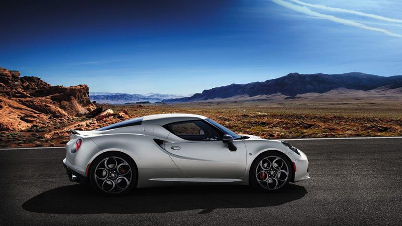 Foto Exteriores(3) Alfa Romeo 4c Cupe 2014