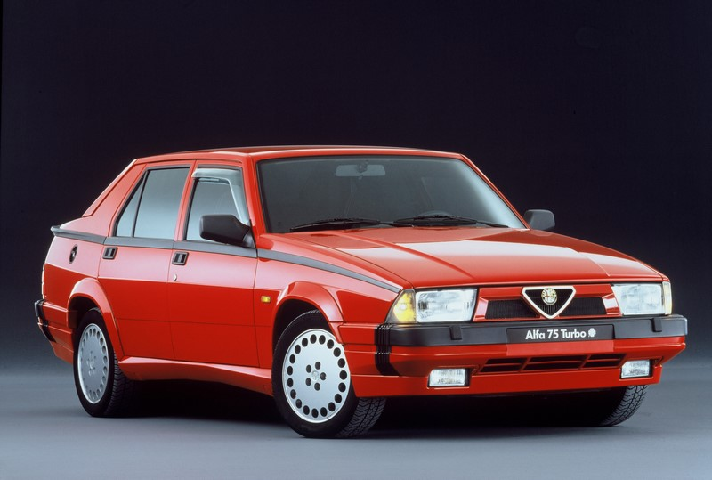 Alfa Romeo 75 - Fase II