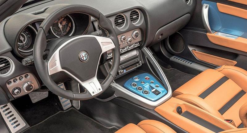 Foto Salpicadero Alfa Romeo Disco Volante Descapotable 2016