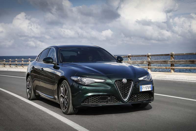 Foto Exteriores (4) Alfa Romeo Giulia Sedan 2020