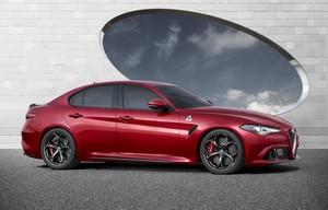 Foto Exteriores 4 Alfa Romeo Giulia-quadrifoglio Sedan 2016