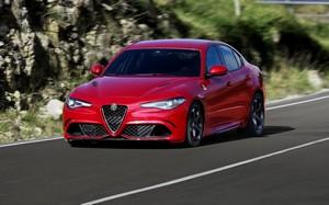 Foto Exteriores 8 Alfa Romeo Giulia-quadrifoglio Sedan 2016