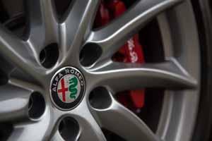 Foto Detalles(29) Alfa Romeo Giulia-veloce Sedan 2017