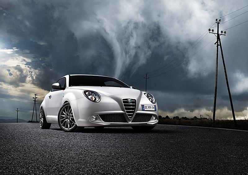 Foto Delantera Alfa Romeo Mito Dos Volumenes 2009