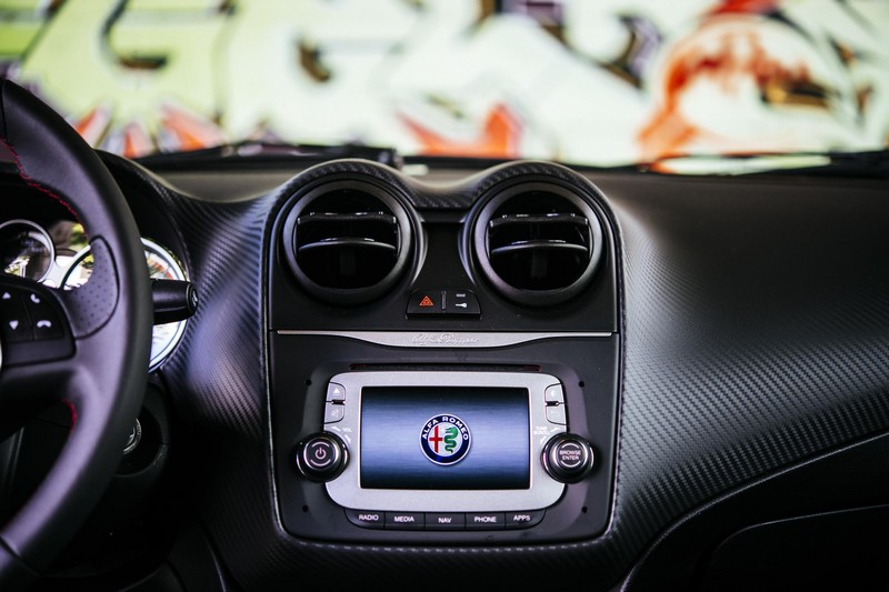 Foto Interiores Alfa Romeo Mito Dos Volumenes 2016
