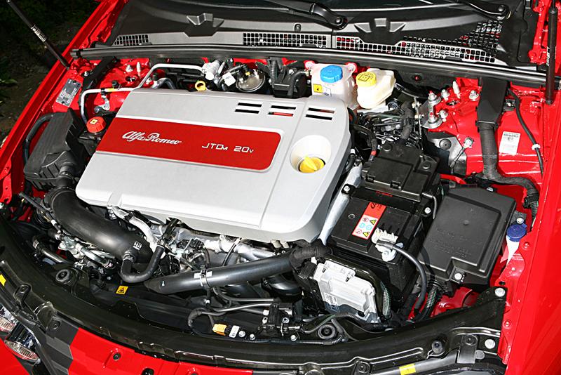 Foto Jtd Multijet Alfa Romeo Motores Diesel
