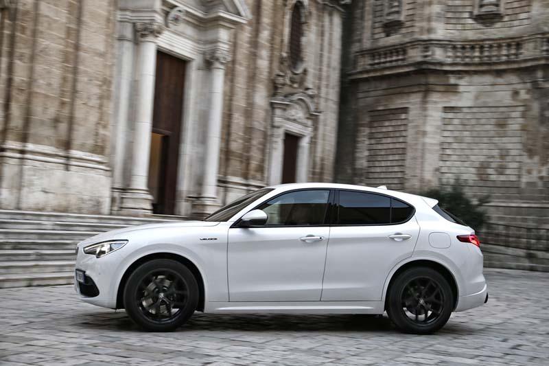 Foto Exteriores (8) Alfa Romeo Stelvio Suv Todocamino 2020