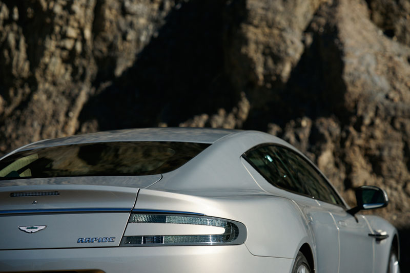 Foto Detalles Aston Martin Rapide Berlina 2010
