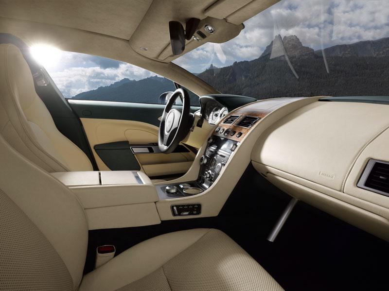 Foto Interiores Aston Martin Rapide Berlina 2010