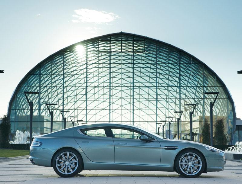 Foto Perfil Aston Martin Rapide Berlina 2010