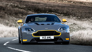 Foto Exteriores (17) Aston Martin V12-vantage-s Cupe 2016