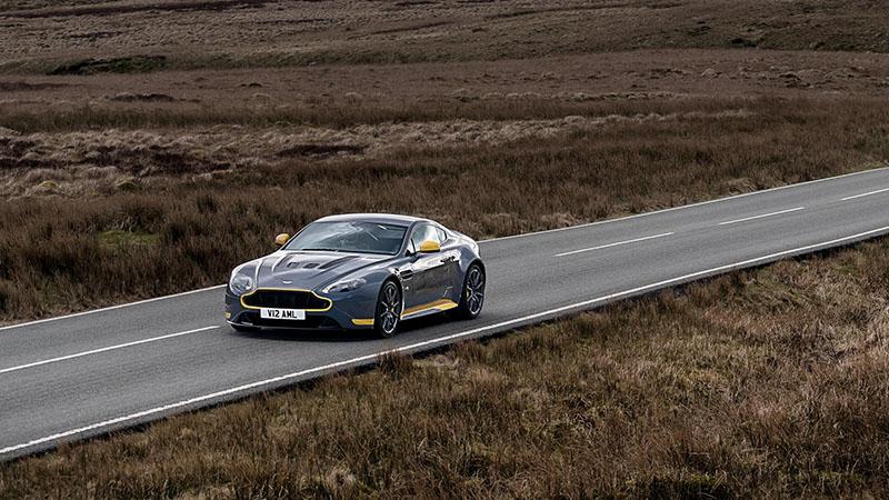 Foto Exteriores (23) Aston Martin V12-vantage-s Cupe 2016