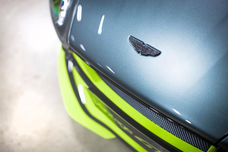 Foto Detalles Aston Martin V8 Vantage Gt8 Cupe 2016