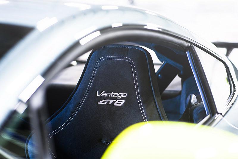 Foto Interiores Aston Martin V8 Vantage Gt8 Cupe 2016