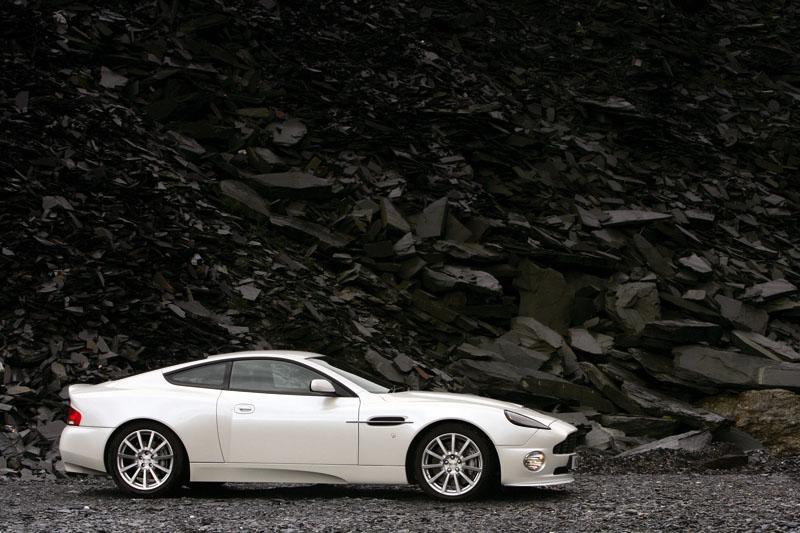 Foto Am_vanquish_s_02_hr Aston Martin Vanquish Cupe 2009