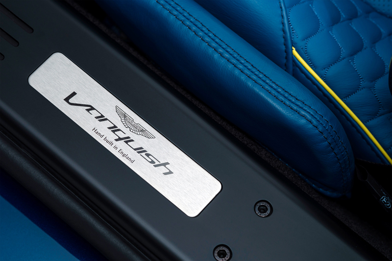 Foto Detalles Aston Martin Vanquish Volante Descapotable 2013