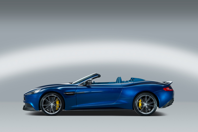 Foto Lateral Aston Martin Vanquish Volante Descapotable 2013