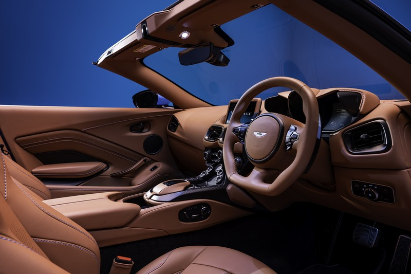Foto Salpicadero Aston Martin Vantage Roadster Descapotable 2020