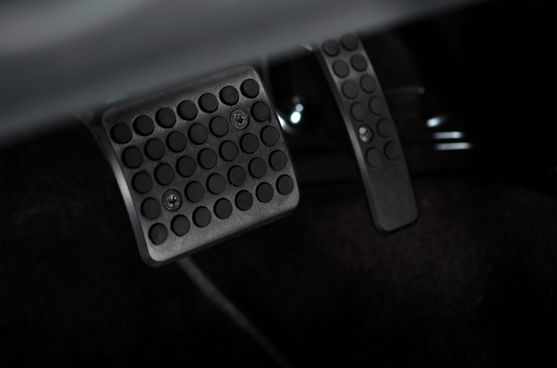 Foto Interiores Aston Martin Vantage S Cupe 2013