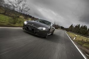 Foto Perfil Aston Martin Vantage-sp10 Cupe 2013
