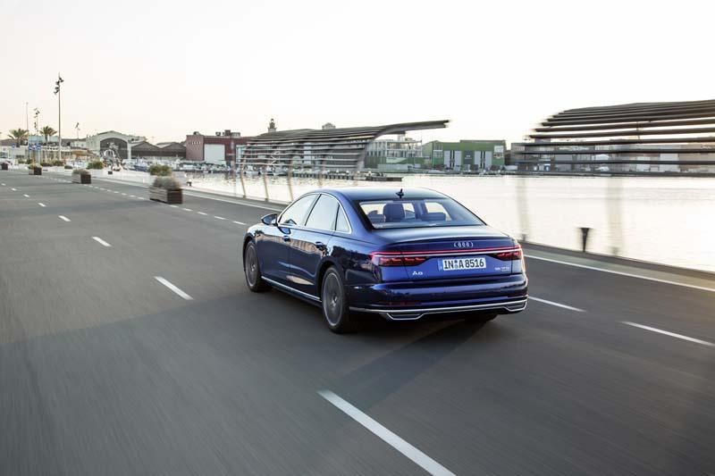 Foto Exteriores (34) Audi A8 Sedan 2017