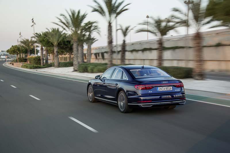 Foto Exteriores (36) Audi A8 Sedan 2017