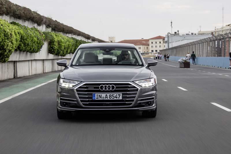 Foto Exteriores (38) Audi A8 Sedan 2017