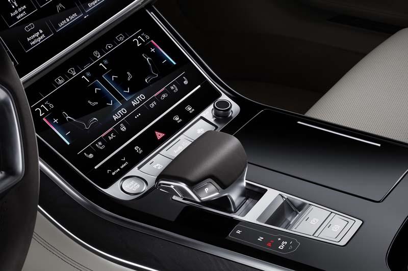Audi A8 50 TDI, foto interior