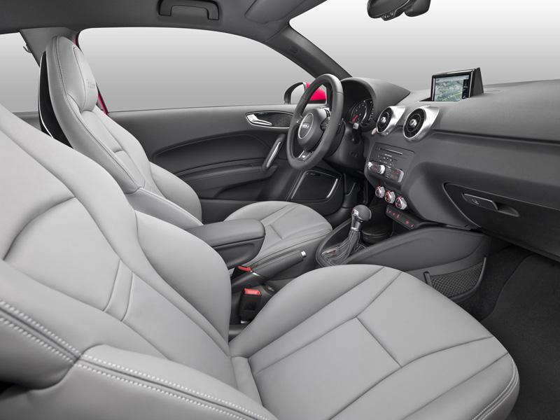 Foto Interior Audi A1 Dos Volumenes 2015