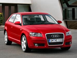 Foto Frontal Audi A3 Dos Volumenes 1999