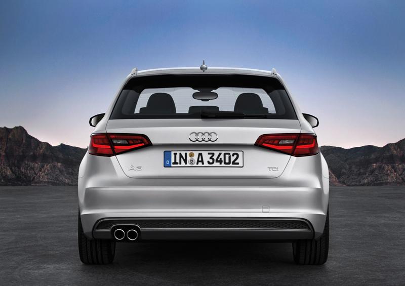 Foto Trasera Audi A3 Sportback Dos Volumenes 2012