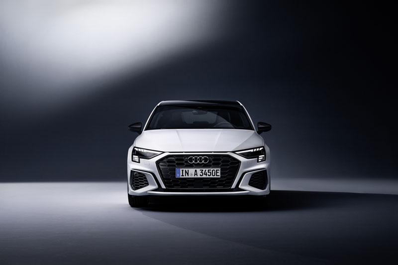 Foto Exteriores Audi A3 Sportback Dos Volumenes 2020