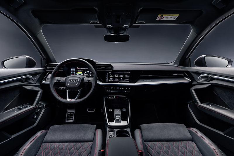 Audi A3 Sportback 45 TFSEe, foto salpicadero