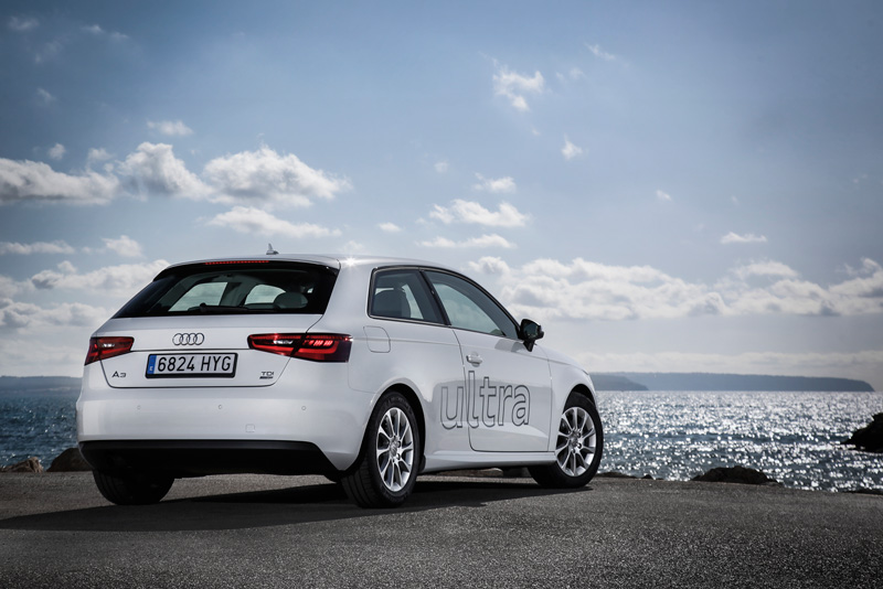 Foto Trasera Audi A3 Ultra Dos Volumenes 2015