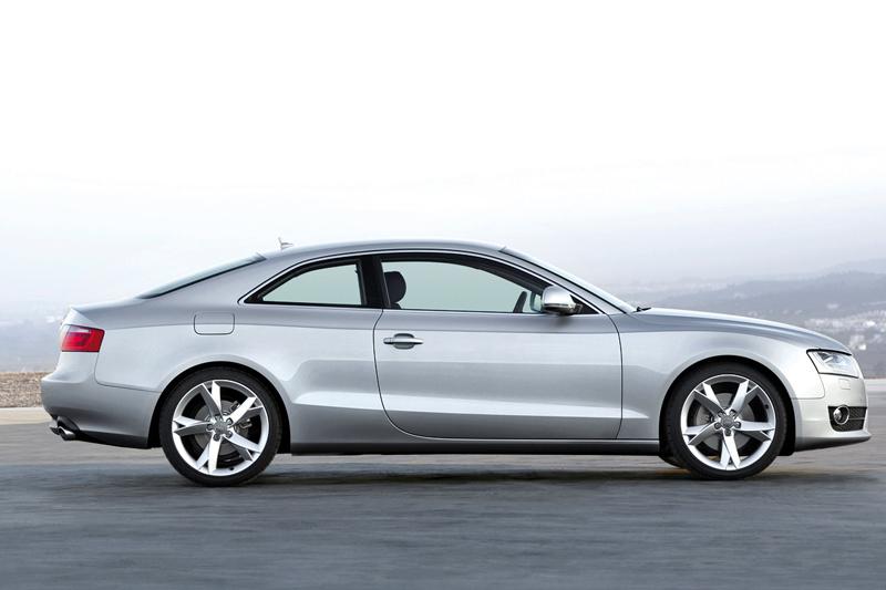 Foto Perfil Audi A5 Cupe 2009