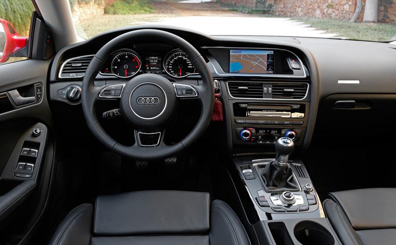 Foto Salpicadero Audi A5 Sportback Ultra Dos Volumenes 2015