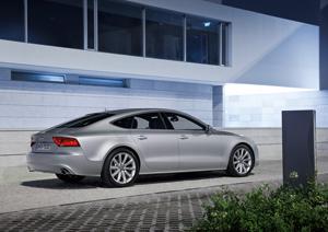 Foto Exteriores-(1) Audi A7 Dos Volumenes 2010