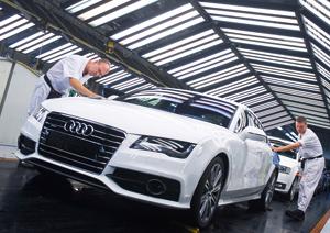 Foto Exteriores-(13) Audi A7 Dos Volumenes 2010