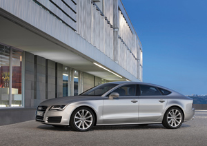 Foto Lateral Audi A7 Dos Volumenes 2010