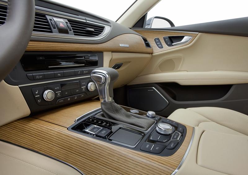 Foto Interiores Audi A7 Dos Volumenes 2010